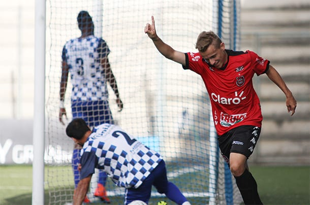 Alex Amado marcou o gol da vitória Xavante: Foto: Carlos Insaurriaga