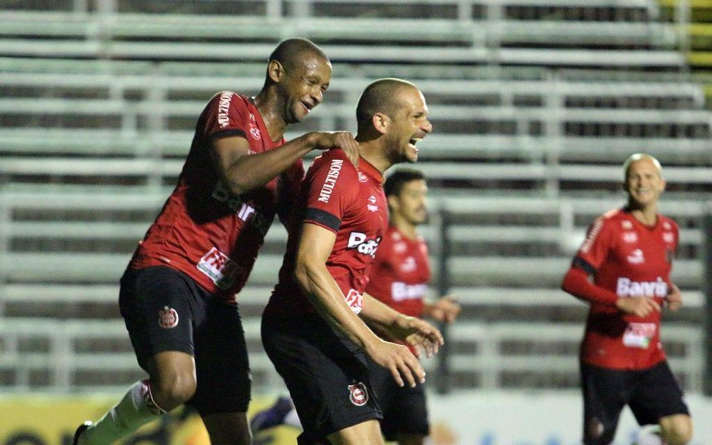 Brasil se despede do Bento Freitas com vitória